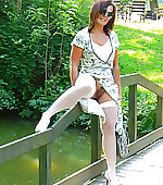 mom outdoor nylons