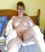 wife naked busty