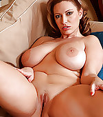 Big tits jiggle