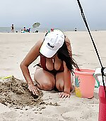 Beach day cleavage