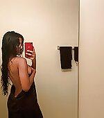 Sideboob post shower