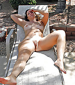 Unconcealed wife